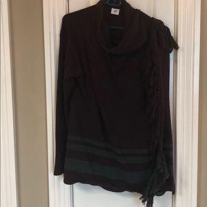 Cabi Scoop Neck over the shoulder sweater